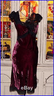 Betsey Johnson VINTAGE Dress CRUSHED VELVET Red Wine LACE BACK Black Slip 4 S