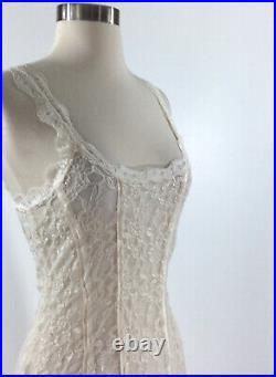 Free People Lace Body Con Slip dress in Cream Size Medium RARE