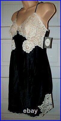 NEW Vintage Christian Dior Full Dress Slip Adjustable Strap Black and White Lace