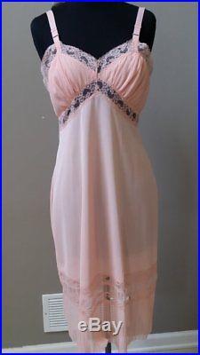 NWT vintage 40's 50's Corsage extra fancy bombshell nylon pink full slip dress