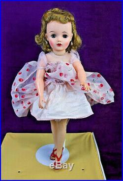 Near Mint 18 IDEAL MISS REVLON Original Dress Slip Panties Hair Set Shoes BIN