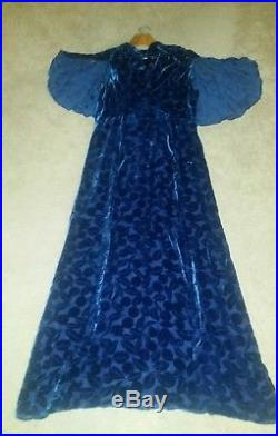 ON SALE 1930s Blue Velvet Leaf Burnout Gown Bat Sleeves FREE Slip B38 W32