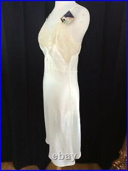 RARE 1940's VINTAGE WW2 Era NWT Rhythm in Motion Rayon Dress Slip STUNNING S