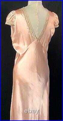 VTG 1930s Art Deco Bias cut Pink Satin Ecru Lace Nightgown Slip Dress Negligee M