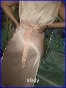 VTG 20S SATIN Skims JAUNTY PEACH SHINY HARLOW NUEVO NIGHTGOWN Slip DRESS GOWN 50