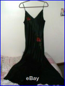 VTG Victoria Secret LARGE Black Red Embroidered Roses Long SILK Slip Gown Dress