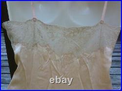 Vintage 1920s-30s Peach Silk Lace Bias Negligee Lingerie Nightgown Slip Dress