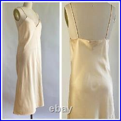 Vintage 1978 HALSTON for Vassarette Full Slip /Dress Size 34