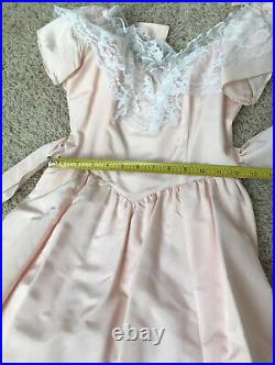 Vintage 70s Small Pink Satin White Lace Gunne Sax Dress WithSatin and Tulle Slip
