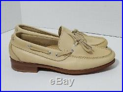 Vintage Cream Cole Haan loafer slip on Made USA. Vibram sz 8 New NOS