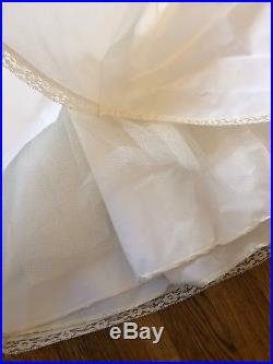 Vintage Floral Scalloped Neck Chiffon Wedding Dress With Petticoat Slip Handmade