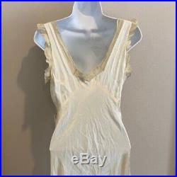 Vintage Trousseaux by Terris 30s 40s Bias Cut Cream Lace Slip Dress Nightgown