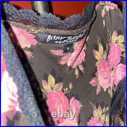 Vtg 90s Betsey Johnson new york grunge silk floral print dress with lace details